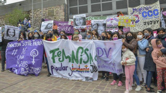 Sancionaron una ley de emergencia por violencia de género tras cinco femicidios en un mes – Télam