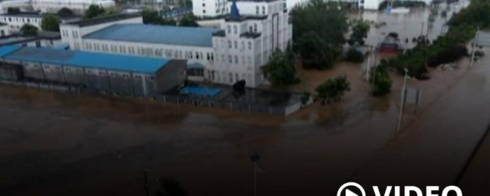 China: al menos 25 fallecidos y 200.000 evacuados por inundaciones y lluvias torrenciales – Télam